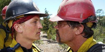 """""""No Way Out - Gegen die Flammen"""": Deutscher Trailer zum Katastrophen-Actioner mit Josh Brolin"""