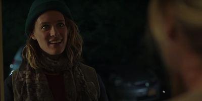 """Erster Trailer zu """"Tully"""": Mackenzie Davis wird Charlize Therons Nanny in der neuen Komödie des """"Juno""""-Teams"""