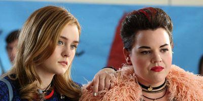"""""""Heathers"""": Shannen Doherty und mörderische Teenies im neuen Trailer zur Neuauflage der Kult-Komödie"""