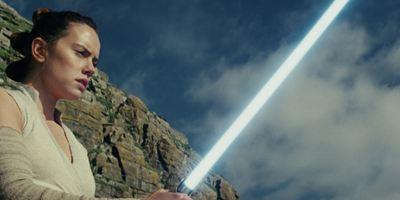 """Mit Han Solos Beerdigung: Buch zu """"Star Wars 8: Die letzten Jedi"""" wird ganz neues Material beinhalten"""
