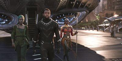 """""""Black Panther"""" weiter auf Rekordkurs: Die Einspiel-Prognosen für das erste Wochenende sind noch einmal kräftig gestiegen"""