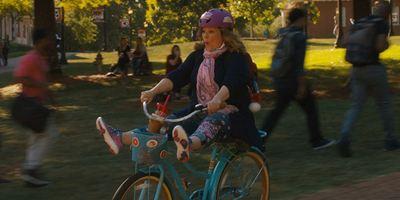"""""""How To Party With Mom"""" mit Melissa McCarthy: Deutscher Trailer zur abgefahrenen Komödie"""