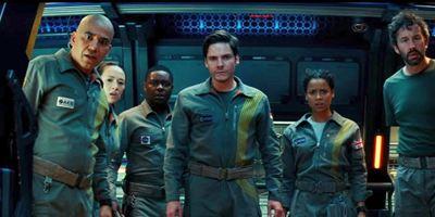 """""""The Cloverfield Paradox"""": J.J. Abrams spricht über die Fortsetzung, die keine sein sollte, und ein richtiges Crossover"""