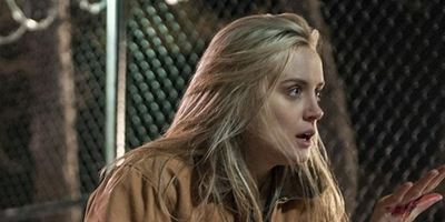 """Descendant"": ""Orange Is The New Black""-Star Taylor Schilling übernimmt Hauptrolle im Horror-Thriller"