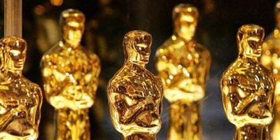 Mann klaut Oscar von Frances McDormand – und gibt damit in Facebook-Video an