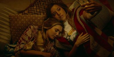 """Deutsche Trailerpremiere zu """"Ingrid Goes West"""": Aubrey Plaza wird Elizabeth Olsens Stalkerin"""