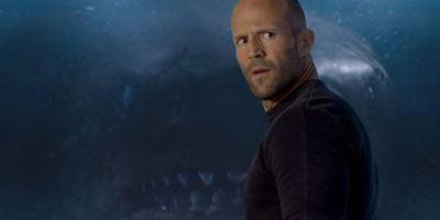 """Gigantischer Urzeit-Hai am Badestrand: Neues Bild zu """"The Meg"""" mit Jason Statham"""