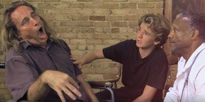 """Glorreicher Trash-Trailer: Darum wird """"Surfer: Teen Confronts Fear"""" der nächste """"The Room"""""""