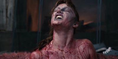 """Wie in """"Evil Dead"""": Auch im Trailer zu """"Cabin Of The Damned"""" wird die Kettensäge geschwungen"""