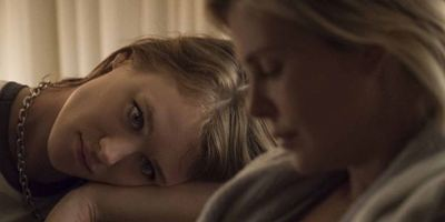 """Vom """"Juno""""-Team: Charlize Theron kriegt eine Supernanny im deutschen Trailer zu """"Tully"""""""