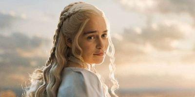 """Emilia Clarke glaubt: Es werden verschiedene Enden für """"Game Of Thrones"""" gedreht"""