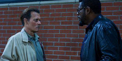 """Im Trailer zu """"City Of Lies"""" will Johnny Depp die Morde an Tupac und Notorious B.I.G. aufklären"""