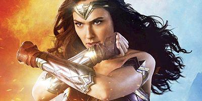 """""""Wonder Woman 2"""": Erstes Bild von Gal Gadot in ihrem """"Wonder Woman 1984""""-Kostüm"""
