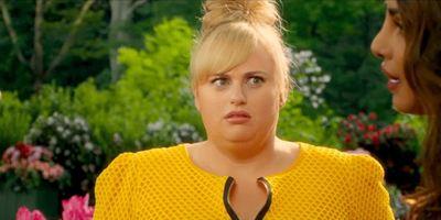"""Im Trailer zu """"Isn't It Romantic"""" steckt """"Pitch Perfect""""-Star Rebel Wilson in einer RomCom fest"""