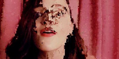 """Webcam-Porno-Horror von den """"Get Out""""-Machern: Trailer zum Netflix-Thriller """"Cam"""""""
