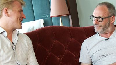 """Ser Davos auf dem Eisernen Thron: cityguide.pictures-Interview zu """"Game Of Thrones - Staffel 5"""" mit Liam Cunningham"""