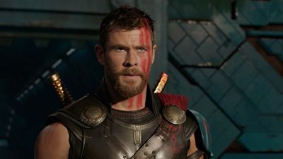 """Chris Hemsworth gewinnt Teen Choice Award – und bedankt sich mit Spoilern zu """"Avengers 4"""""""