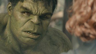 """Neuer Look für Black Widow und Hulk: Neues """"Avengers 4""""-Bild zeigt die sechs Original-Helden"""