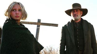 """""""News Of The World"""": Das erste Bild zeigt Tom Hanks und """"Systemsprenger""""-Star Helena Zengel"""