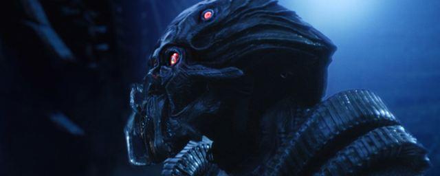 """Alienangriff: Deutsche Trailerpremiere zu """"Beyond Skyline mit Frank Grillo"""