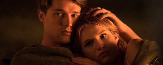 """""""Midnight Sun"""": Erster Trailer zur Teenie-Romanze mit Bella Thorne und Patrick Schwarzenegger"""