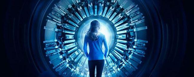 """""""Curvature"""": Erster Trailer zum neuen Zeitreise-Thriller mit """"Terminator""""-Star Linda Hamilton"""