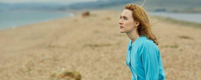 """Erster Trailer zum lyrischen Liebesdrama """"Am Strand"""" mit Saoirse Ronan"""