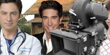 Serien-Schauspieler nehmen auf dem Regiestuhl Platz