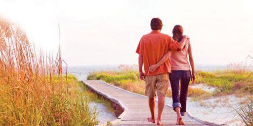 """""""The Choice"""": Bestseller von Erfolgs-Autor Nicholas Sparks wird von """"Adult Beginners""""-Regisseur Ross Katz inszeniert"""