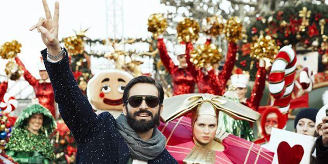 """""""Alles ist Liebe"""": Friedrich Mücke und Tom Beck präsentieren den Trailer zur romantischen Weihnachtskomödie"""
