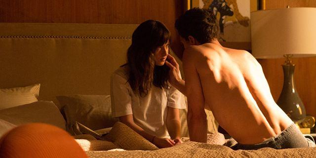 """Bester Start seit """"Skyfall"""": """"Fifty Shades of Grey"""" stürmt die deutschen Kinocharts"""