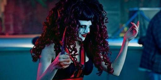 """Erster Trailer zu """"The Funhouse Massacre"""" mit Freddy-Krueger-Kultdarsteller Robert Englund"""