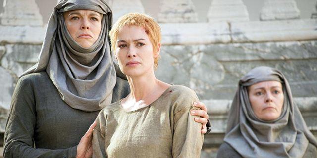 """Schämen für die gute Sache: Lustiger Werbeclip zeigt den """"Walk Of Shame"""" aus """"Game Of Thrones"""" mal anders"""