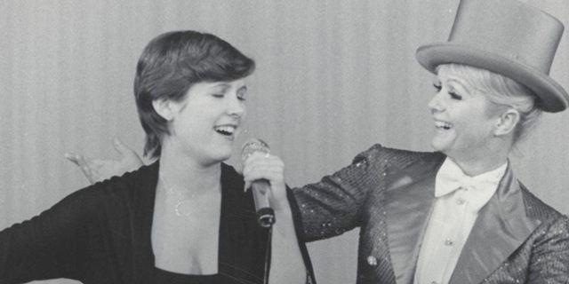 """Carrie Fisher und Debbie Reynolds in """"Bright Lights"""": Erster Trailer zur HBO-Doku über die kürzlich verstorbenen Hollywood-Legenden"""
