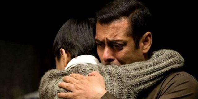 """Bewegender Trailer zum neuen Shah-Rukh-Khan-Film """"Tubelight"""" über eine dramatische Bruderliebe"""