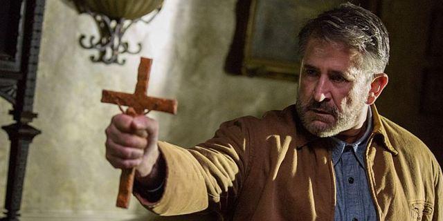 """FILMSTARTS-Meinung: Was das """"Conjuring""""-Universum anderen Horror-Franchises voraus hat"""