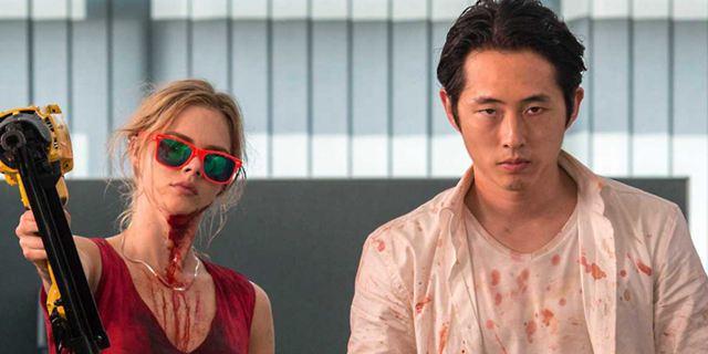 """""""Mayhem"""": Erster Trailer zur Jeder-gegen-Jeden-Horror-Komödie mit """"Walking Dead""""-Star Steven Yeun"""
