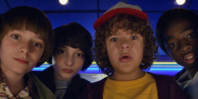 """Zur 2. Staffel von """"Stranger Things"""": Netflix veröffentlicht begleitende Sendung """"Beyond Stranger Things"""""""