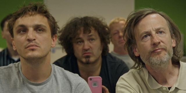 """""""Fikkefuchs"""": Lautstarker Sex-Streit im exklusiven Clip zur bitterbösen Satire"""