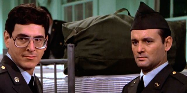 """""""Stripes"""": """"Ich glaub' mich knutscht ein Elch!""""-Serienadaption von Regisseur Ivan Reitman geplant"""