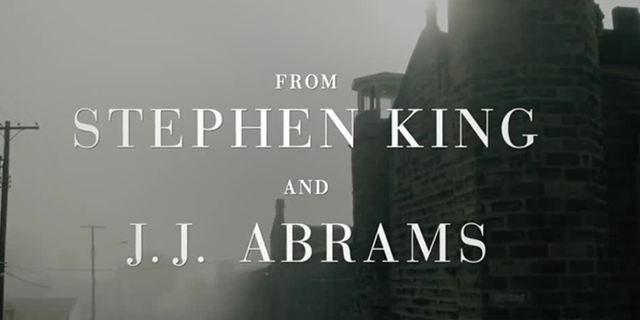 """Viele Stephen-King-Geschichten in einer Serie: Neuer Teaser zu """"Castle Rock"""" mit """"Es""""-Star Bill Skarsgård"""