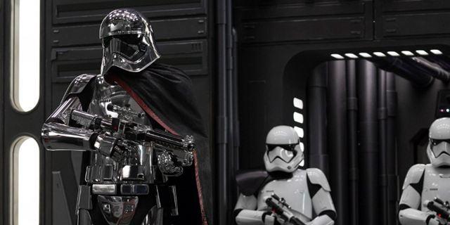 """""""Star Wars 8: Die letzten Jedi"""": Seht die Deleted Scene mit Phasmas alternativem Abgang"""