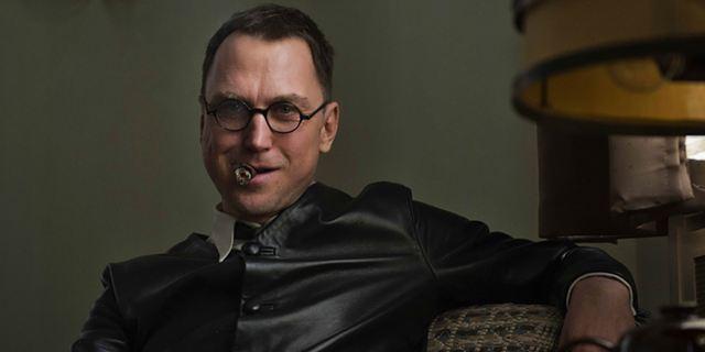 """Mit Lars Eidinger als Bertolt Brecht: Der erste Trailer zu """"Mackie Messer - Brechts Dreigroschenfilm"""""""