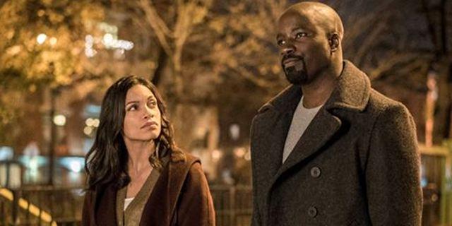 """Nach der 2. Staffel """"Luke Cage"""" könnte für Rosario Dawson im Netflix-Marvel-Universum Schluss sein"""