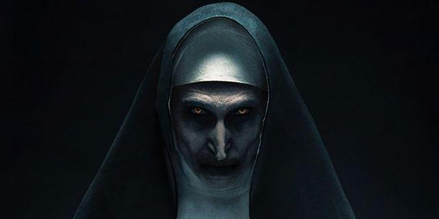 """""""Castlevania"""" ist eine der Hauptinspirationen: FILMSTARTS am Set von """"The Nun"""""""