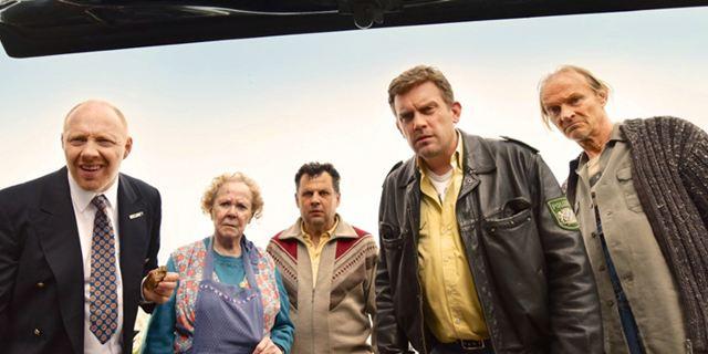 """Deutsche Kinocharts: """"Mission: Impossible 6"""" weiter an der Spitze"""", doch """"Sauerkrautkoma"""" ist der Überraschungshit des Wochenendes"""