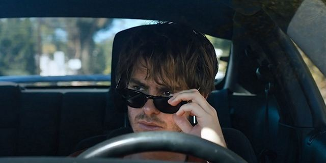 """Under The Silver Lake"": Geheimnisvoller deutscher Trailer zum neuen Film des ""It Follows""-Machers"