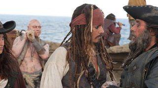 """Deutsche Charts: """"Pirates of the Caribbean: Fremde Gezeiten"""" segelt auf die Eins"""