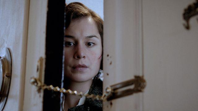 """Im eigenen Haus gefangen und isoliert: Deutsche Trailerpremiere zum Psycho-Thriller """"Shrew's Nest"""""""