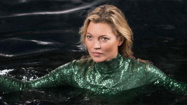"""""""Absolutely Fabulous - Der Film"""": Supermodel Kate Moss geht im neuen Trailer zur Kinoversion der britischen Kultserie baden"""